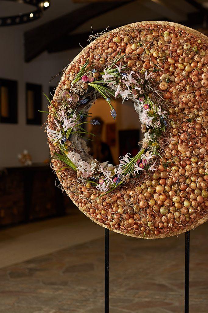 Floral Spring Circle from Radko Ivanov Chapov Floral Design 2