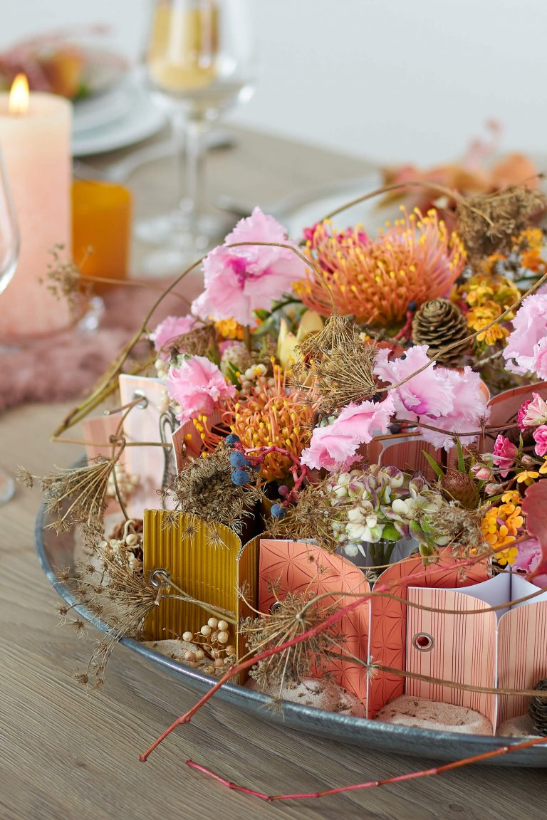 Modern autumn table decoration